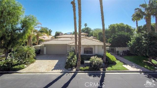 54015 Southern Hills, La Quinta CA: http://media.crmls.org/medias/d796dc6f-617f-4124-b8b3-a6fa91afb42d.jpg