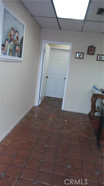 5460 E Beverly Boulevard East Los Angeles, CA 90022 - MLS #: MB18049280