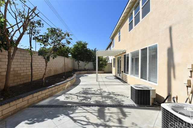 1308 Golden Coast Lane, Rowland Heights CA: http://media.crmls.org/medias/d7b150f8-a893-417f-b4ad-b1d8d6944262.jpg