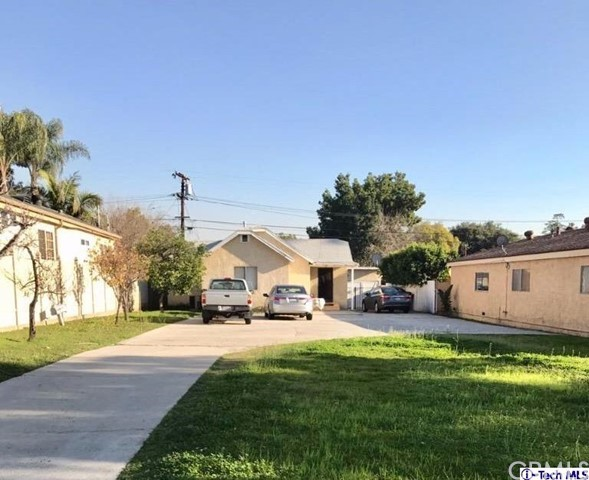 Single Family Home for Sale at 1220 Alameda Avenue Glendale, California 91201 United States