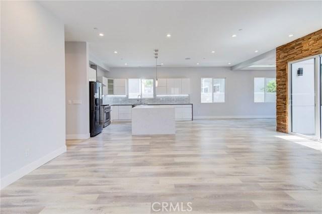 2420 Alvord Lane, Redondo Beach, California 90278, 4 Bedrooms Bedrooms, ,3 BathroomsBathrooms,Townhouse,For Sale,Alvord,PV18203762