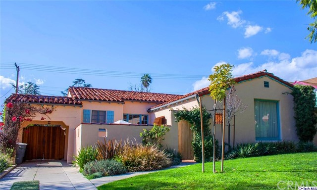Single Family Home for Rent at 1441 Ardmore Avenue Glendale, California 91202 United States