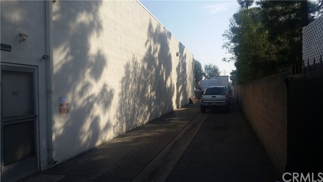 10750 Artesia Boulevard, Cerritos CA: http://media.crmls.org/medias/d7d82784-7ff5-4bb5-bd7b-02642373fb9b.jpg