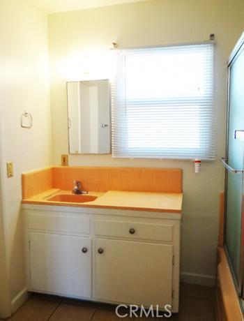 9372 Melba Drive, Garden Grove CA: http://media.crmls.org/medias/d7dd3a23-06d7-42df-9242-394bbcd25b8e.jpg