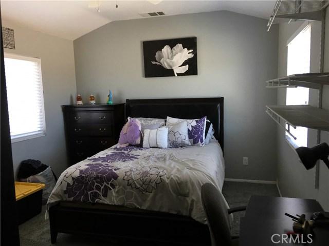 12239 Half Moon Circle Victorville, CA 92392 - MLS #: TR18112171
