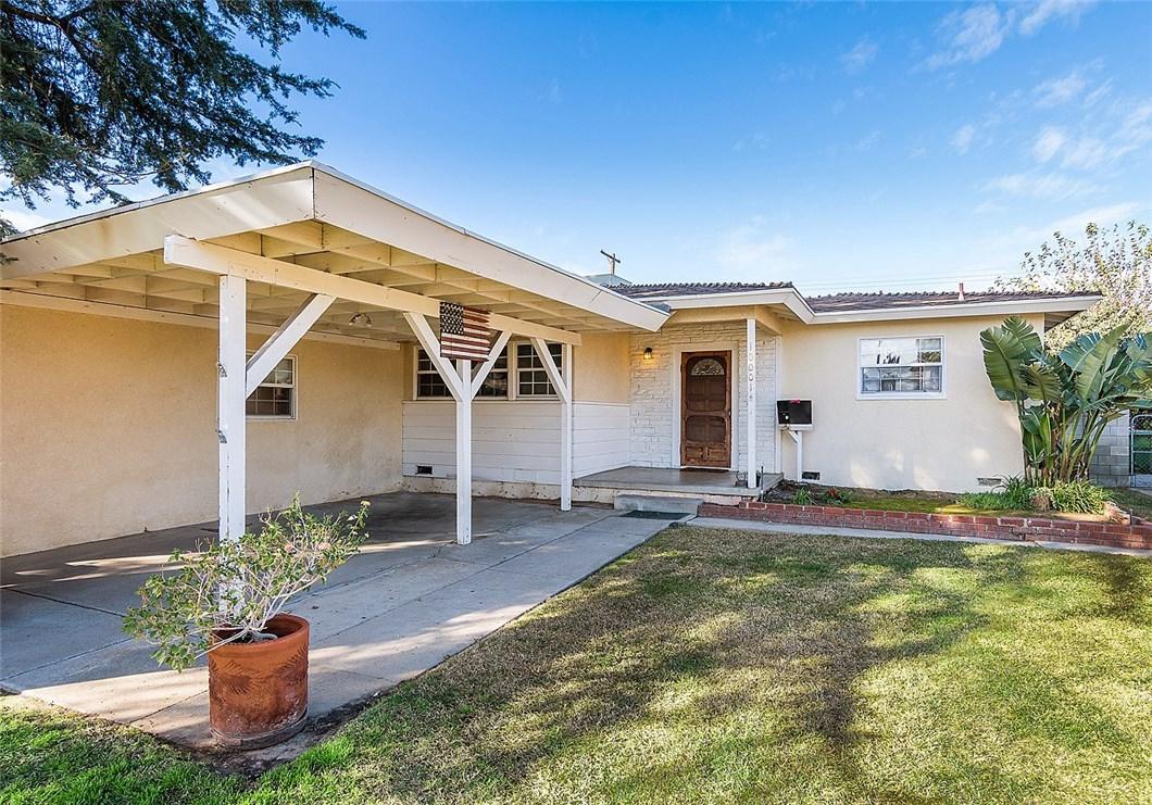 10001 Montgomery Avenue - North Hills, California