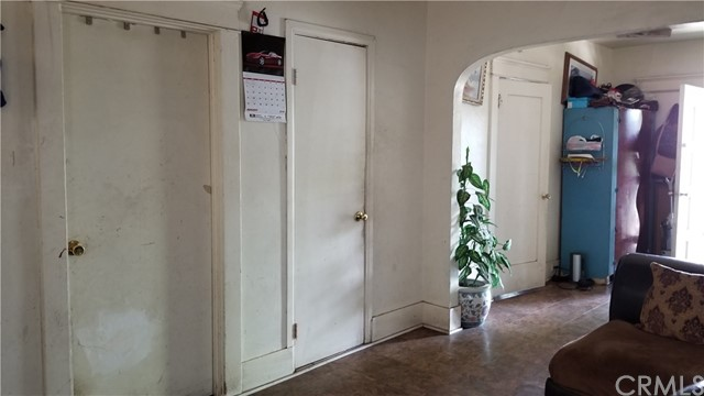 809 W Myrtle Street, Santa Ana CA: http://media.crmls.org/medias/d7e4ad95-fd0c-4fc8-8b40-6c14d7ea08ae.jpg