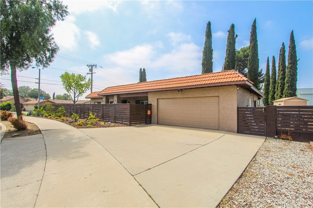 2510 N Delta Street Orange, CA 92865 - MLS #: RS18077191