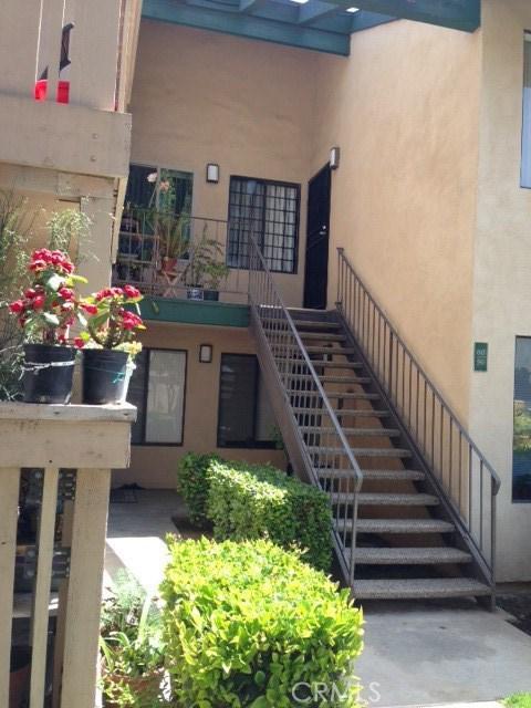 13801 Shirley Street, Garden Grove CA: http://media.crmls.org/medias/d7f2b764-ba12-4e88-8449-5696d7c02338.jpg