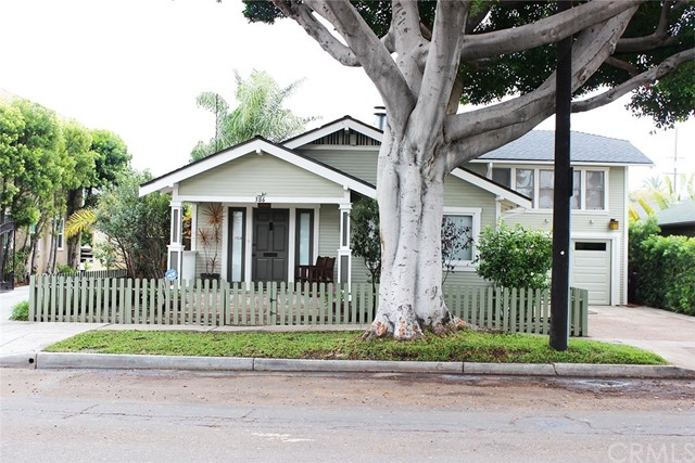 386 Roswell Av, Long Beach, CA 90814 Photo 1