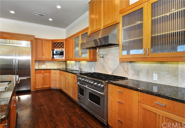 3940 Oakfield Drive Sherman Oaks, CA 91423 - MLS #: PW17237296