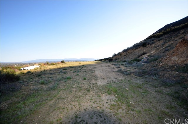 34634 Black Mountain, Temecula CA: http://media.crmls.org/medias/d802fae1-07f3-4488-9499-14abcf1dfa51.jpg