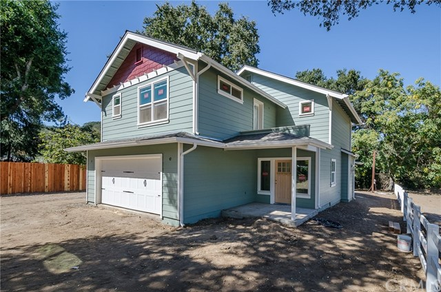 Property for sale at 10100 Santa Lucia Road, Atascadero,  CA 93422
