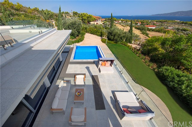 0 Pefkon, Kechries, Corinthos - Greece, Outside Area (Outside U.S.) Foreign Country, OS 20100, 5 Bedrooms Bedrooms, ,5 BathroomsBathrooms,Residential Purchase,For Sale,Pefkon, Kechries, Corinthos - Greece,NP20235501
