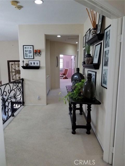 1324 Garten Drive, Placentia CA: http://media.crmls.org/medias/d808b2f7-42fd-434e-810f-eb5b151b4b30.jpg