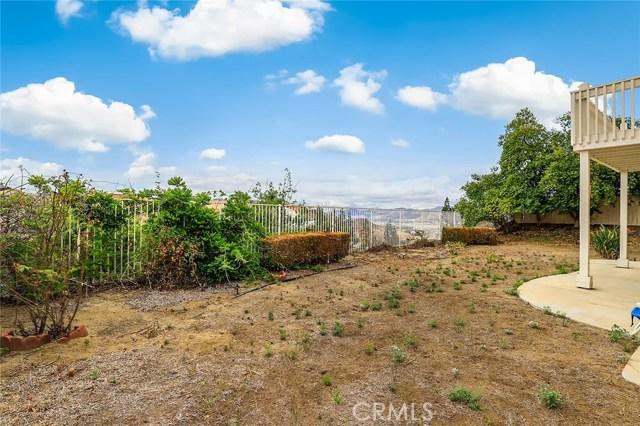 75 Corte Madera, Lake Elsinore CA: http://media.crmls.org/medias/d825a909-70d7-4468-9469-c0b291fa6f48.jpg