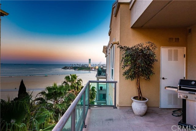 1000 Ocean Boulevard, Long Beach, California 90802, 3 Bedrooms Bedrooms, ,2 BathroomsBathrooms,Condominium,For Sale,Ocean,CV20067830