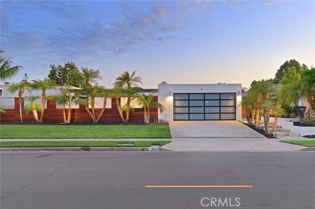 1007 Nottingham Road, Newport Beach, California 92660, 4 Bedrooms Bedrooms, ,3 BathroomsBathrooms,Residential Purchase,For Sale,Nottingham,OC21131625