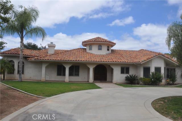 45895 La Cruz Drive Temecula, CA 92590 is listed for sale as MLS Listing DW16119994