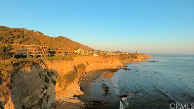 215 Radda Way, Pismo Beach CA: http://media.crmls.org/medias/d84a2c61-7b46-41e5-be76-556716871bd1.jpg