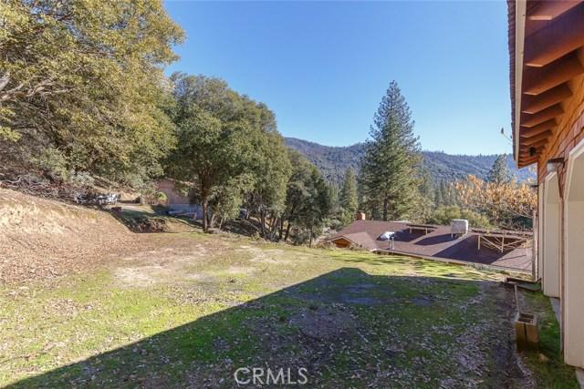 2392 Parmabelle Road, Mariposa CA: http://media.crmls.org/medias/d84e50f2-f8e0-402a-a0d9-9c1e4b6752ef.jpg