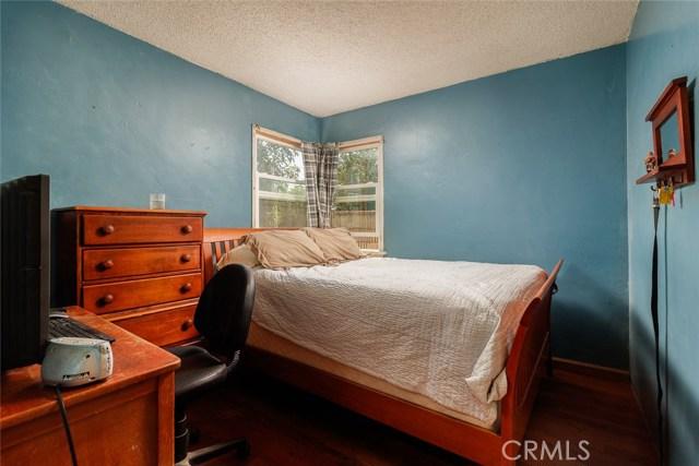 20609 Alburtis Avenue, Lakewood CA: http://media.crmls.org/medias/d8544d3a-0990-4f97-a896-3be489d7d10d.jpg