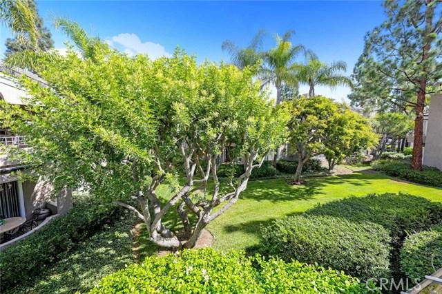44 Baycrest Court, Newport Beach CA: http://media.crmls.org/medias/d85cc927-452d-43e7-a65d-a7ee8fc3b8de.jpg