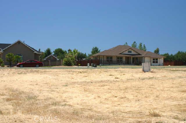 1200 Oak Park Way, Lakeport CA: http://media.crmls.org/medias/d85eec40-1754-421d-98b8-1b202569ecb6.jpg
