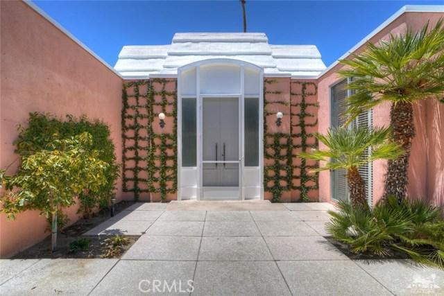 47043 Arcadia Lane, Palm Desert CA: http://media.crmls.org/medias/d86456ae-78d9-47bc-b26e-757c1e635e97.jpg