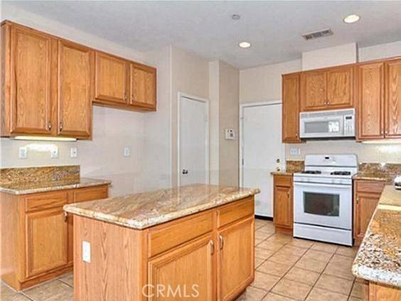 1960 Castlegate Lane,Redlands,CA 92374, USA