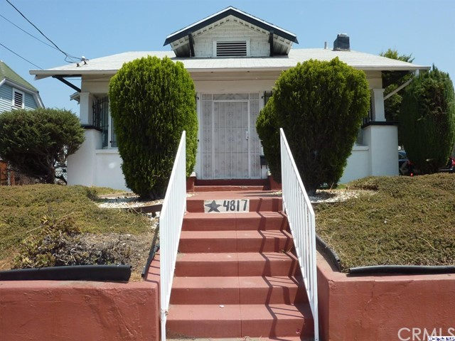 4817 Lexington Avenue, Los Angeles CA: http://media.crmls.org/medias/d8871aee-e459-48ac-b5af-6c33de903949.jpg