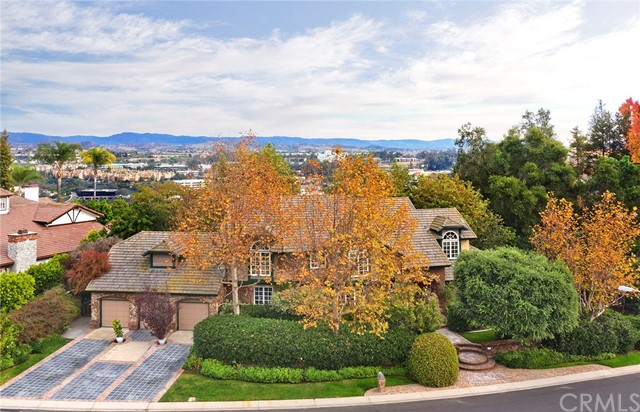 25746 Dillon Road, Laguna Hills, CA, 92653
