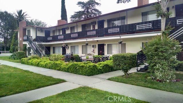 501 W 34th Street, San Bernardino CA: http://media.crmls.org/medias/d88e169e-fbfd-444a-9c7c-a5d14241a11b.jpg