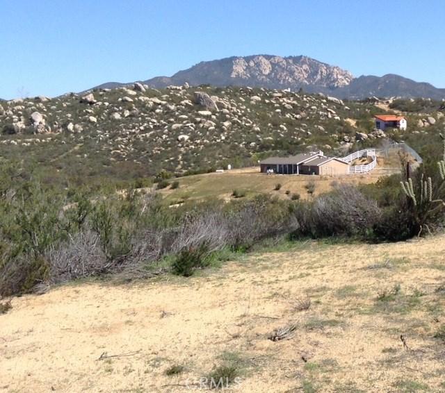 1042 Rolling Hills Drive  Aguanga CA 92536