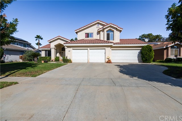 One of Corona Homes for Sale at 1561  Cherokee Road, 92881