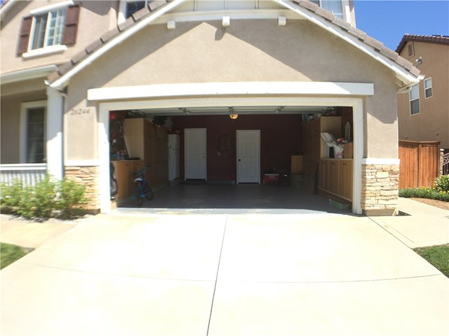 Property for sale at 26244 Shady Glen Street, Murrieta,  CA 92563