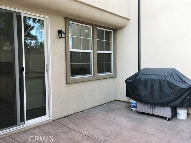 800 S Gladys Avenue, San Gabriel CA: http://media.crmls.org/medias/d8c60263-8546-4e94-91f2-e5b7fe07018f.jpg