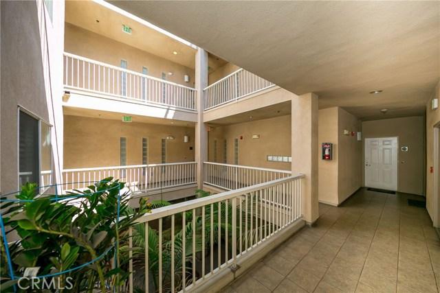 602 S Wilton Place Unit 203 Los Angeles, CA 90005 - MLS #: SB17189629