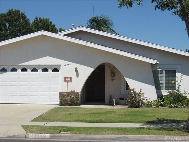 Single Family Home for Rent at 10205 Bunting St Fountain Valley, California 92708 United States