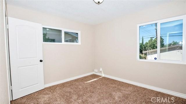 16241 Lassen Street, North Hills CA: http://media.crmls.org/medias/d8ddedff-64a2-4435-86a0-2da98147f694.jpg