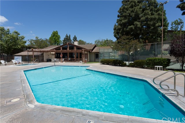 3701 Country Club Drive Unit 5 Long Beach, CA 90807 - MLS #: PW18221263
