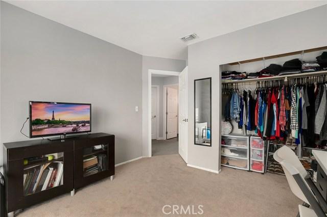1662 S Belle Avenue, Corona CA: http://media.crmls.org/medias/d8e60a95-6f11-411e-98c3-4e4dc328c803.jpg