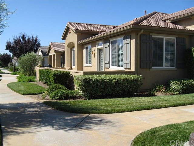 1642 Beaver Creek Beaumont CA  92223