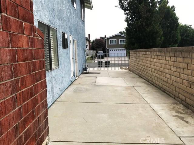 15608 Tern Street, Chino Hills CA: http://media.crmls.org/medias/d8f07866-bd51-43ec-a4b3-f08ed1f56a56.jpg