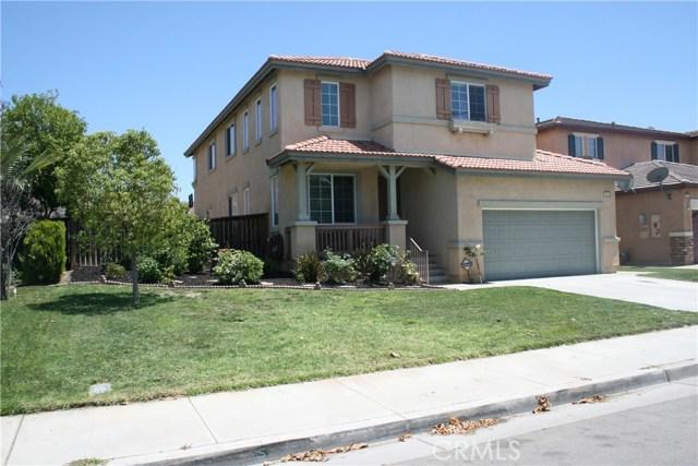 15210 Legendary Drive, Moreno Valley CA: http://media.crmls.org/medias/d8f562d4-5b8f-4be0-9f95-d2423f38a979.jpg
