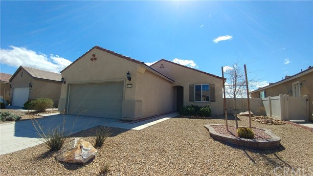 10236 Darby Road, Apple Valley, CA, 92308