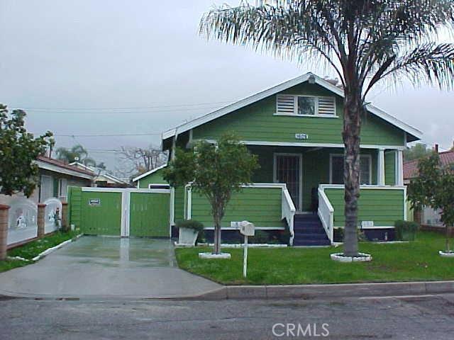 Single Family Home for Sale at 1608 Congress Street W San Bernardino, California 92410 United States