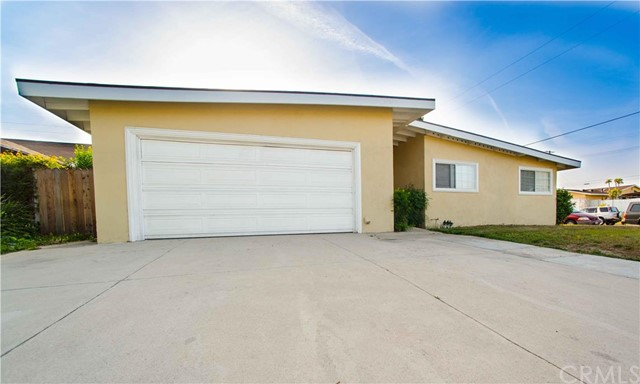 15621 Pacific Street Tustin, CA 92780 is listed for sale as MLS Listing PW16072388