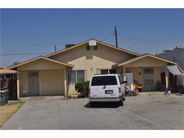 Single Family for Sale at 1512 Murdock Street Bakersfield, California 93307 United States