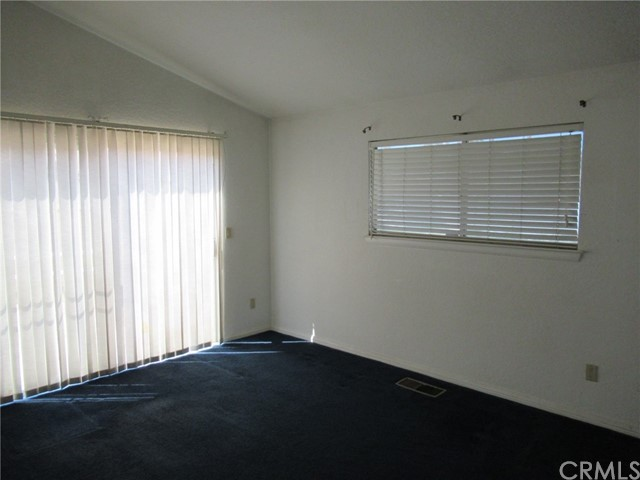 14000 Spring Valley ,Victorville,CA 92395, USA